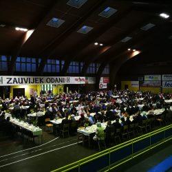 OO SDA Zavidovići priredila iftar za 500 postača